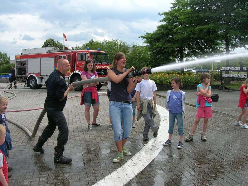 foto van Kamp 2011: Hulpdiensten